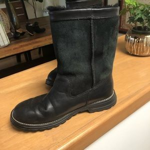 Black leather and suede Ugg boots